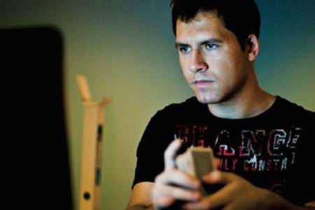 El chico que se hizo rico jugando al póquer porque había entrenado con videojuegos