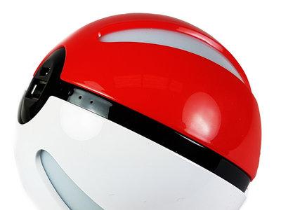 Oferta Flash: Powerbank Pokemon Ball, con 6.000mAh de capacidad, por 16,95 euros