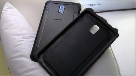 Samsung Galaxy Tab Active 2 Cuerpo