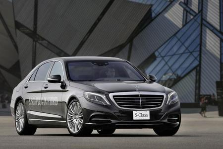 El Mercedes-Benz Clase S 500 PLUG-IN HYBRID costará 112.200 euros