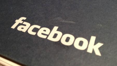 Facebook vuelve a manipular el feed de noticias para penalizar noticias falsas y sensacionalistas