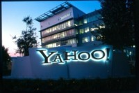 Yahoo está intentando fichar a YouTubers estrella para su propia plataforma de vídeos