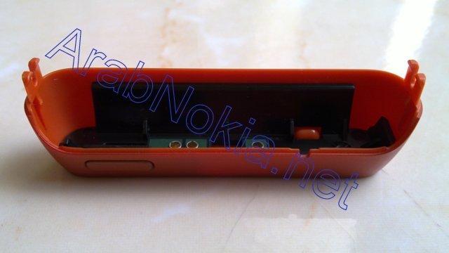 Foto de Nokia N8 naranja, batería (2/9)