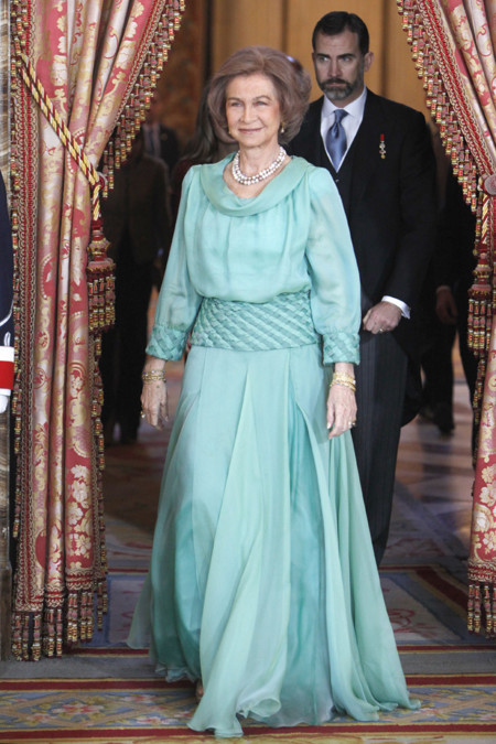 La reina Doña Sofía en la recepción al cuerpo diplomático español