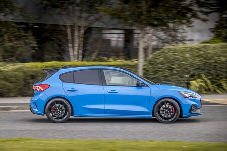Ford Focus St Edition 2022 007