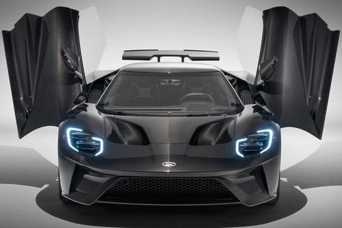 El Ford GT 2020  se vuelve más potente y se sacude la pintura para que lo veas como es, una bala de fibra de carbono