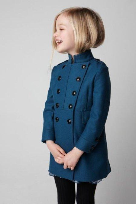 9e09aca2f Pero si lo que queremos es ropa low-cost IKKS Junior tiene esta chaqueta de  punto en color gris con doble botonadura.