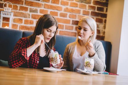 Comer saludable fuera de casa: las claves y las diferentes opciones en un restaurante