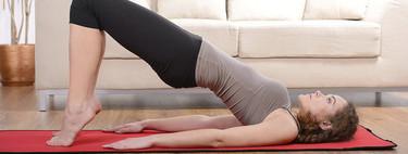 Entrena tus piernas y glúteos en tu salón con este entrenamiento de 30 minutos