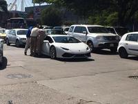Dolorpasión™: Lamborghini Huracán se queda sin gasolina en Guadalajara