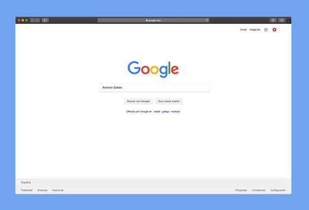 No, no es posible saber cuando alguien busca tu nombre en Google