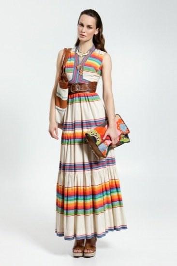 Uterqüe, nuevo lookbook Primavera-Verano 2011: entre el color, el minimalismo y la playa