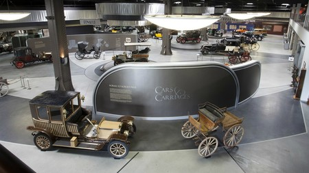 Mullin Automotive Museum Cars Carriages Reedatamian