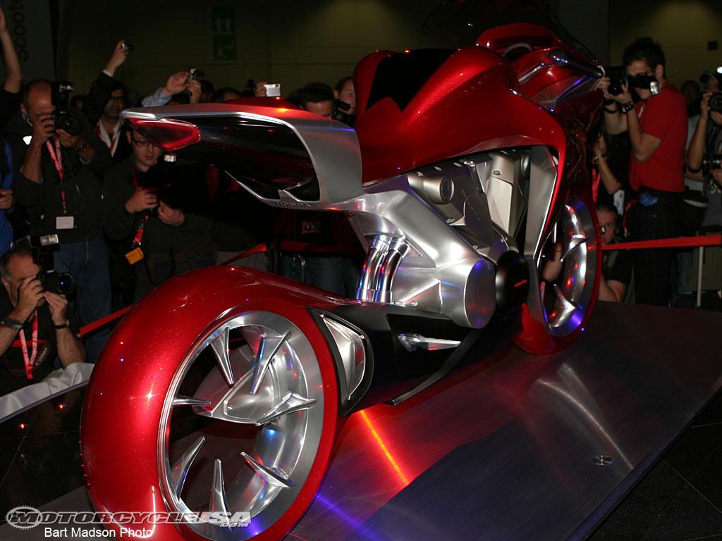 Foto de Honda V-Four Concept (1/7)