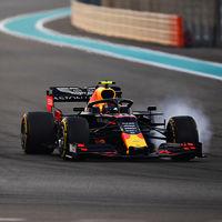 18 vueltas para recordarnos lo que era la Fórmula 1 sin DRS: un Mercedes atascado detrás de un Renault