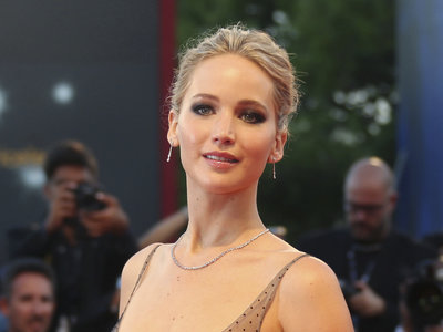 Jennifer Lawrence nos conquista en el Festival de Venecia
