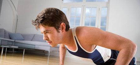 Tres rutinas exprés para quemar calorías en casa