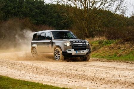 Land Rover Defender 2020 Toma Contacto 011