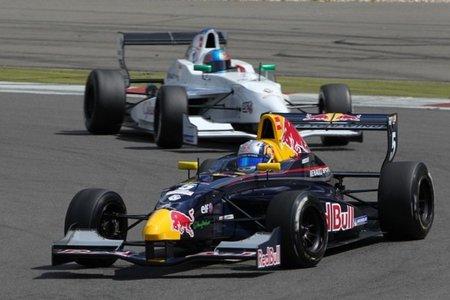 Carlos Sainz Jr. consigue un nuevo doblete en Nürburgring
