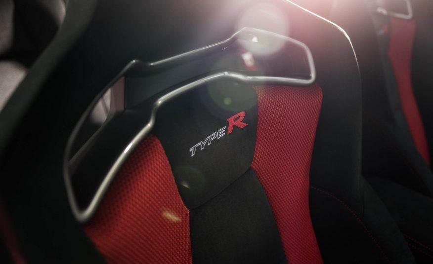 Foto de Honda Civic Type R Black Edition (4/6)