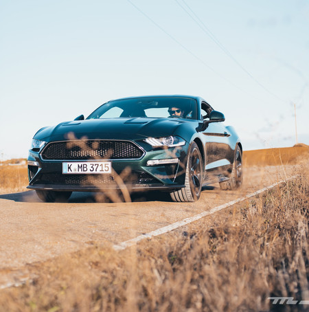 Ford Mustang Bullitt frontal lateral