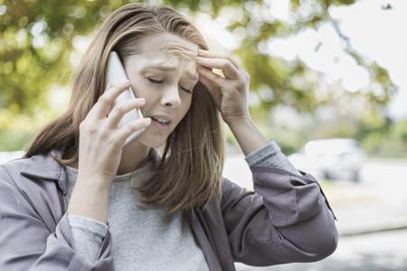 Mujer Triste Telefono