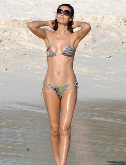 Foto de Famosas en Bikini 2009 - Segunda Parte (16/31)