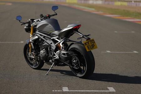 Triumph Speed Triple 1200 Rs 2021 006