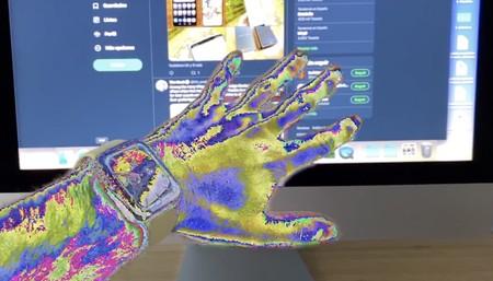 Esta app de realidad aumentada pone un filtro sobre figuras humanas y nos recuerda a la App Store de 2008