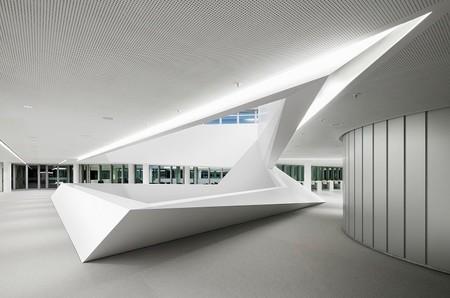 Espacios Para Trabajar La Sede Del Banco Hypovereinsbank En Munich En El Edificio Hvb Tower