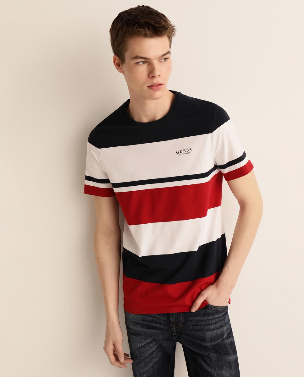 Camiseta de hombre roja de manga corta