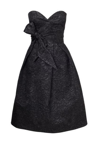 Foto de Vestidos negros Etxart &Panno Otoño-Invierno 2010/2011: el color que nunca falla (1/10)