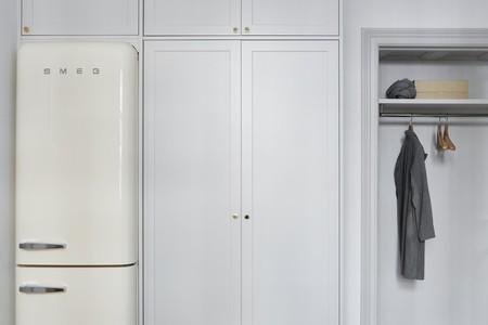 Es Con Impresionantes Luces En Un Apartamento Monocromo Disenado Por Josefin Haagmeddaf4a4b4fefa4277b4657e84c1cbbf4d