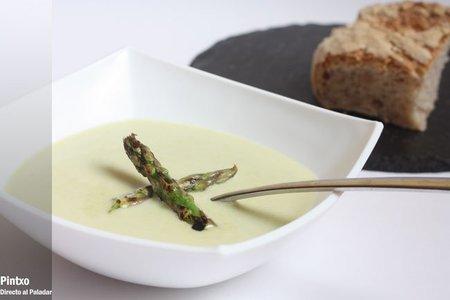 Sopa de espárragos verdes. Receta