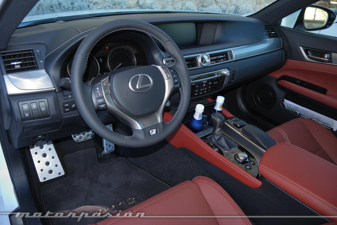 Foto de Lexus GS 300h (presentación) (14/22)