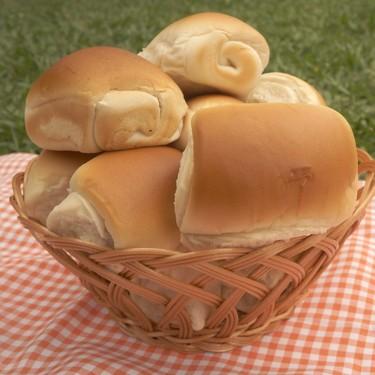 Pan casero para hacer hot dogs. Receta fácil para cocinar en cuarentena