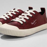 50% de descuento en estas zapatillas  Pepe Jeans Industry en colores rojo y azul: ahora 32,45 euros en Zalando