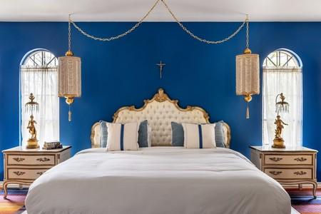 Airbnb Classic Blue Villa Historica En Austin 2
