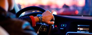 Cada vez hay menos conductores de coches en España: nuevas formas de movilidad, menos dinero, coches más caros...