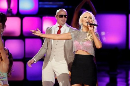 Christina Aguilera y Cher: el feliz reencuentro en la final de The Voice