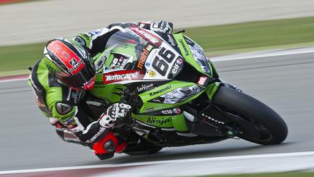 Las Kawasaki vuelven a acercarse a los tiempos de MotoGP en el cierre del test del WSBK en Jerez