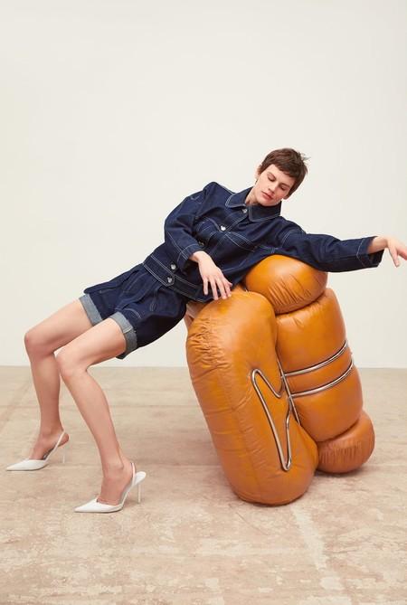 No intentes ponerlas en práctica: el nuevo catálogo de Zara nos deja con poses imposibles