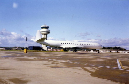 Gatwick Airport Tower And Cargo Terminal 1986 Geograph Org Uk 348795