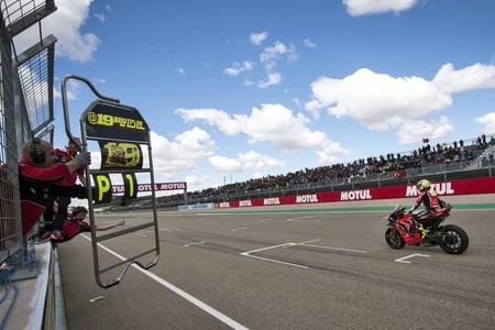 Los límites de revoluciones cambian en Assen: la Ducati del WSBK se recorta 250 rpm y 500 rpm extra para Honda