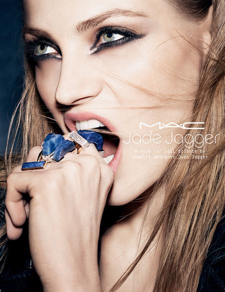 Al fin conocemos la colección de Jade Jagger x MAC, ¡y la queremos toda!