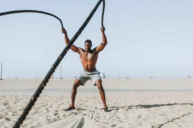 17 ejercicios de rope training para trabajar todo el cuerpo al completo