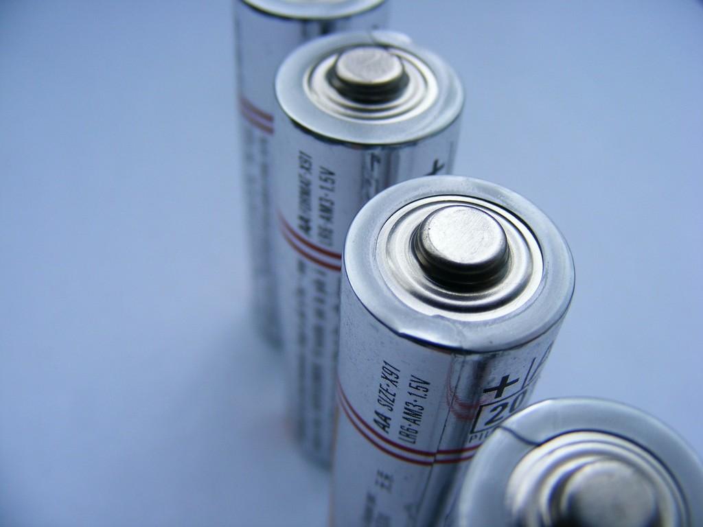 La primera batería recargable de dióxido de carbono está en pruebas y afirman que es siete veces más eficiente que la de iones de litio