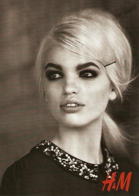 H&M campaña Otoño-Invierno 2012/2013: pon una Daphne en tu catálogo y... ¿quién se fijará en las prendas?