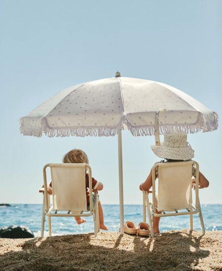 Bañadores, zuecos estilo Crocs, juegos, cubos y palas: Zara Home tiene la colección de niños para el día perfecto de  playa que siempre soñamos (y ahora más)
