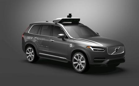 Silencio y cautela: así está reaccionando el mundo tras el accidente mortal del coche autónomo de Uber